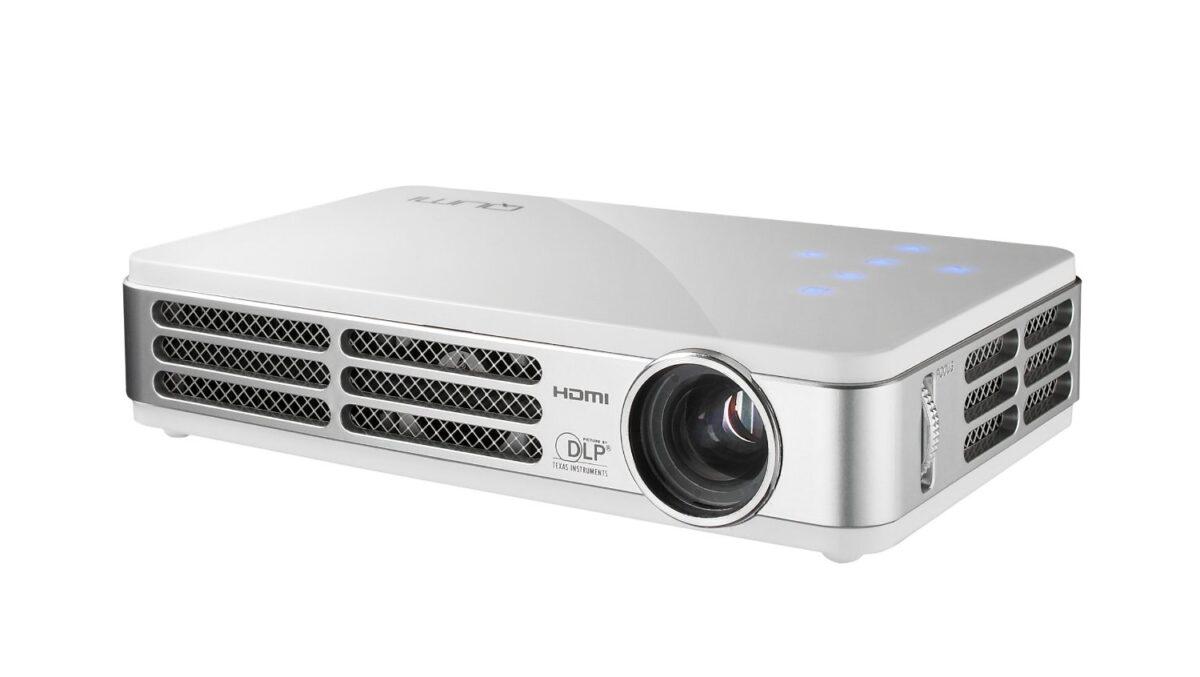 Vivitek QUMI Q2 LED DLP Pocket Projector Review