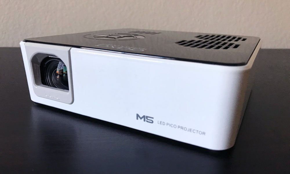 Aaxa m5 pocket projector review 720p and led for Portable projector reviews