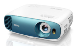 BenQ TK800M Projector First Look Review — 4K UHD HDR Optimized for Sports Fans